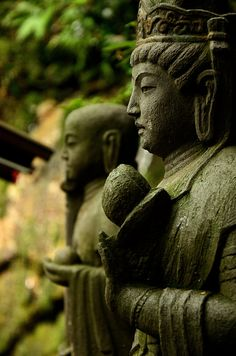 Todoroki Fudoson, Tokyo, Japan by Kaoru Honda Japanese Culture, Japanese Art, Statues, Sea Of Japan, Turning Japanese, Buddha Buddhism, Island Nations, Meditation Music, Buddhism