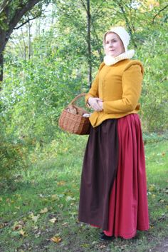 A fabulous yellow 16th century doublet by Fashion through History based off of the pattern in Tudor Tailor