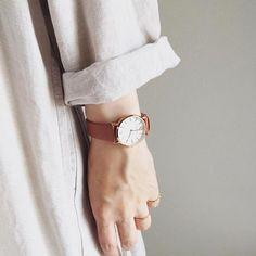 Fashion is what you buy. Minimal Style, Daniel Wellington, Watch, Stuff To Buy, Accessories, Fashion, Moda, Clock, Fashion Styles