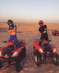 Dubai Desert Best friend goals