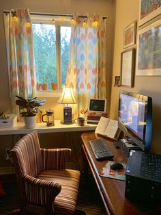 My home office on a rainy day 🌧 Study Space, Desk Space, Home Office Decor, Office Decorations, Decor Ideas, Home Decor, Home Organisation, Aesthetic Rooms, Cozy Place