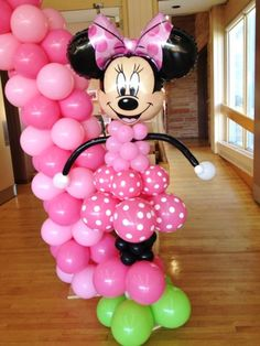 Minnie Mouse Birthday Party Ideas The first birthday of your child is one of the most anticipated events in the family. Preparing the first birthday party maybe stressful but keep in mind that your one-year-old celebrant doesn