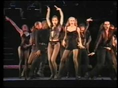 CHICAGO - THE MUSICAL - UTE LEMPER sings ALL THAT JAZZ. I LOOOVVVEEEE Ute Lemper in this role. She really is my favorite Velma.