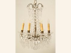 This delightful chandelier has been rewired in-house and is perfect for transforming a small space, like a bathroom or bedroom, into an exceptional space. Benjamin Moore Green, Black Gold Decor, Diy Bathtub, Modern Sink, Bathroom Paint Colors, White Mirror, Living Room Green, Vintage Bathrooms, Antique Lighting