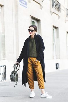 Paris-Green_Sweater-Orange_Trousers-Adidas_Stan_Smith-Ralph_Lauren_Bag-Ricky_Drawsting_Bag-Outfit-Street_Style-PFW-Maxi_Coat-16#mustard pants#coat#white sneakers