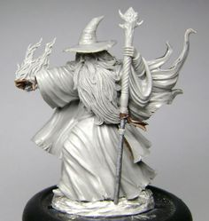 Ancient Male Mage - Easley Masterworks - Miniature Lines