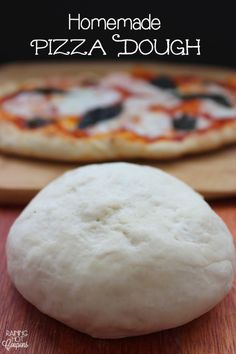 I've been making about the same recipe for years. Be sure to check out this Homemade Pizza Dough Recipe! With this Pizza Dough Recipe, you and your family can create your own pizzas on Pizza night! Easy Pizza Dough, Paleo Pizza Dough Recipe, Making Pizza Dough, Easy Homemade Pizza, Le Diner, Love Food, The Best, Food To Make, Food And Drink