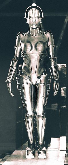 "The First (Metal) Woman Robot, Maria of Metropolis, 1927. Sci-fi classic silent movie ""Metropolis"" provides inspiration for CP-3O and Beyonce 2007 BET Awards in a robot costume. #vintagephoto https://www.pinterest.com/pin/451697037603707986/"