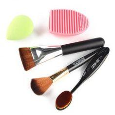 SHARE & Get it FREE | Cosmetic 5 Pcs/Set Blush Brush + Foundation Brush…