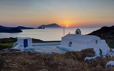 Tips from a local on the Greek island of Milos. Explore Greece, a local's way! The Holy Mountain, Chios, Greek Islands, Our Lady, Beautiful Islands, Mykonos, World Heritage Sites, The Good Place, Greece