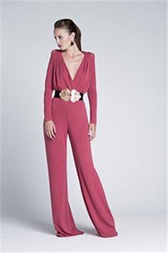 Monos y pantalones para invitadas de boda: Color Nude