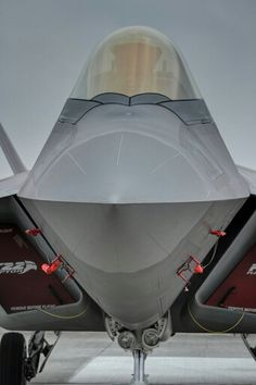 Raptor - Tight of the nose and cockpit. Military Jets, Military Weapons, Military Aircraft, Air Fighter, Fighter Jets, F22 Raptor, Aircraft Design, Jet Plane, Jets