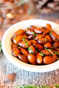 Rosemary Chipotle Roasted Almonds | Crunchy roasted almonds with aromatic rosemary and smoky chipotle powder make for a super healthy alternative to packaged nuts or party mix. #Vegan. @Averie Sunshine {Averie Cooks}