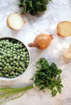 WEEKLY BITES - Parsley-pea soup