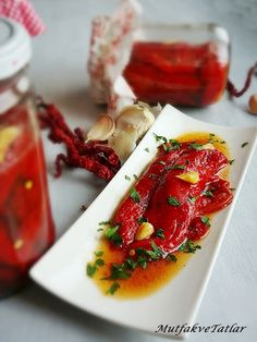 LUTENİTSA( Kahvaltılık sos)  Yemelere doyamayacağınız Bulgaristan 'a ait b...