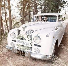 #vintageweddingcar #lagardeniakibris