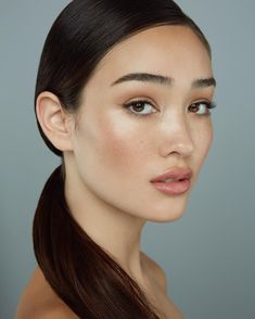 Amazing 40 Best Natural Makeup Ideas For Women 2019 http://fashioneal.com/index.php/2018/12/21/40-best-natural-makeup-ideas-for-women-2019/ Girls Makeup