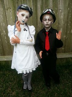 Steam Powered Giraffe costumes: Walter Girl and the Spine #steampunk