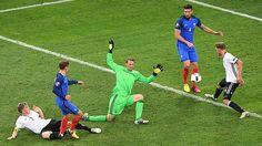 Francia vs. Alemania: Griezmann anotó doblete luego de mal despeje de Neuer.