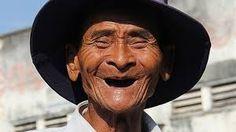 Afbeeldingsresultaat voor fotos van mensen die lachen