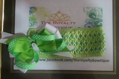 Green stacked bow
