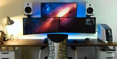 Best Setup of Video Game Room Ideas [A Gamer's Guide] Computer Gaming Room, Simple Computer Desk, Gaming Room Setup, Computer Setup, Pc Setup, Desk Setup, Gaming Rooms, Computer Repair, Nutrition Education