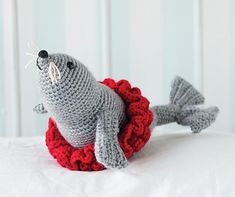 Trained Circus Toy Seal with skirt  Resources: www.crochettoday.com TRAINED SEAL TOY, BY MICHELE WILCOX