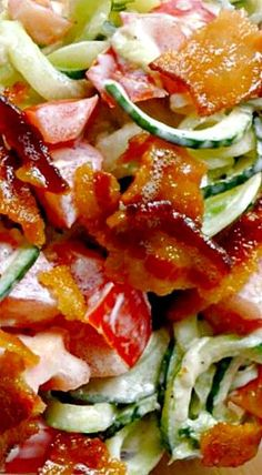 I eat this everyday! Bacon, Tomato and Cucumber Salad by simplyhealthyhome: Like a BLT without the bread. Cucumber Recipes, Cucumber Salad, Salad Recipes, Keto Recipes, Cooking Recipes, Healthy Recipes, Blt Salad, Tomato Salad, Salad Bar