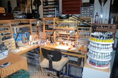 A crafting station for miniature painting and hobby work. Painting Station, Hobby Desk, Hobby Shops Near Me, Paint Storage, Studio Organization, Space Crafts, Nature Crafts, Model Building, Working Area