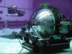 scientific technology | PHOTO: Deep Worker L Deep Rover R(b)]