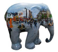Dam - Amsterdam by Ernst Voss Elephants Parade: Amsterdam 2009 Asian Elephant, Elephant Love, All About Elephants, Danish Flag, Cow Parade, Elephant Sculpture, Elephant Parade, Gentle Giant, Cute Photos