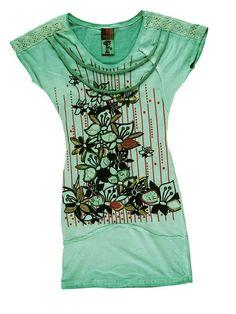 Green dress: www. Green Dress, V Neck, Tops, Dresses, Women, Fashion, Vestidos, Moda, Green Gown