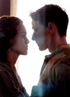 Keira Knightley and James Mcavoy - Atonement...uhhhh such a sad movie I love it!!!