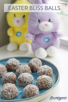 My Easter Bliss Balls are my interpretation of a hot cross bun made into a bliss ball. The only thing missing is a little cross on the top, which is why I did not name them hot cross bun bliss balls. Dairy Free Recipes, Raw Food Recipes, Hot Cross Buns, Bliss Balls, Protein Ball, Balls Recipe, Easy Food To Make, Easter Treats, Fermented Foods