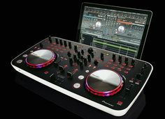 A Dj Don T Make Me Laugh Can Pioneer S New Mixing Desk Turn Comic Kevin Bridges Into Pete Tong
