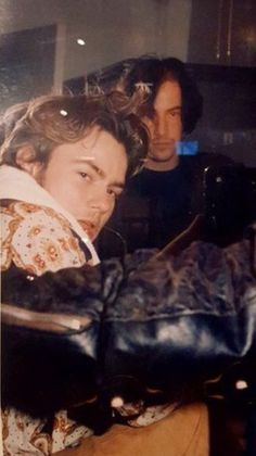 River Phoenix & Keanu Reeves photographed by Bruce Weber on the set of My Own Private Idaho - circa 1990 Keanu Reeves Tumblr, Beautiful Boys, Pretty Boys, Beautiful People, River Phoenix Keanu Reeves, My Own Private Idaho, Keanu Charles Reeves, Pretty People, My Idol