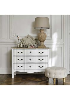 French Style style 3 Drawer Chest - Antiqued White Finish - French Style Design - Solid mango wood Please note: Delivery is currently only available to the following centres: North Island: Whangarei, Hamilton, Tauranga , Rotorua, Napier, Hasting, Gisborne, New Plymouth, Palmerston Nth, Wellington. South Island: Blenheim, Christchurch, Nelson, Ashburton, Westport, Greymouth, Gore, Oamaru, Timaru, Dunedin, Invercargill. 110cm x 48cm x 85cm