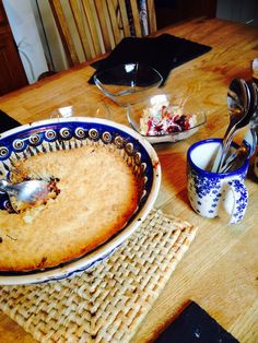 Who says fruit bowl are just for displaying fruit, with our versatile polish pottery suitable for oven use too! why not bake in it   This heart warming fruit crumble was baked in the oven.
