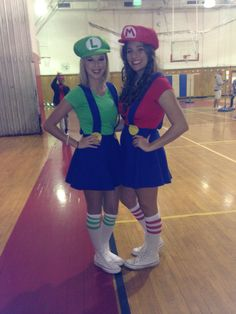Mario and Luigi Halloween costumes  sc 1 st  Pinterest & Mario and Luigi Halloween Costume Teen Girls | Cool diys | Pinterest ...