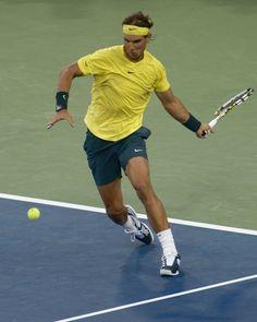 Rafael Nadal wins his second round match against Benjamin Becker.