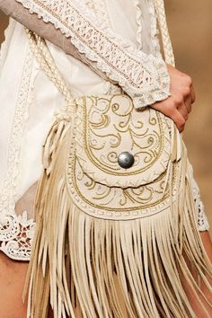 Lace and fringe at the Ralph Lauren Spring 2011 RTW - Details - Fashion Week - Runway, Fashion Shows and Collections - Vogue Fashion Moda, Fashion Bags, Boho Fashion, Fashion Accessories, Womens Fashion, Runway Fashion, Boho Hippie, Boho Gypsy, Ralph Lauren