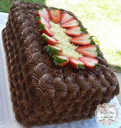 📸 @ leticia_sweetcake ok Cake Decorating For Beginners, Cake Decorating Techniques, Cake Decorating Tips, Nutella Cake, Chocolate Cake, Amazing Food Pictures, Fruit Juice Recipes, Berry Tart, Just Cakes