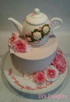 This is a cake I recently made for a friend's Mum. She wanted something girly…