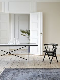 This large, marble topped dining table exudes luxurious Nordic appeal. Handmade by Danish design studio HANDVÄRK, the design is a modern take on a tile top table, with ten large pieces of honed or polished marble mounted in a slender black frame. Industrial Dining Chairs, Modern Dining Table, Dining Table Chairs, Bar Chairs, Living Room Chairs, High Chairs, Office Chairs, Dining Room, Living In London