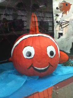 Pumpkin Decorating at MCMLS
