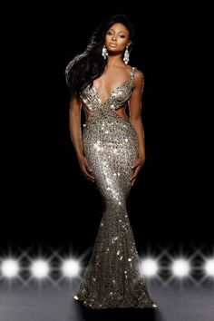 Miss Maryland USA Nana Meriwether. Soooo gorgeous, she'll do very well at Miss USA! Beautiful Black Women, Beautiful Gowns, Gorgeous Girl, Pageant Photography, Sexy Ebony Girls, Miss Usa, Black Girl Fashion, Queen Fashion, African Women