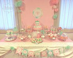 Cumple vintage y romántico con temática de bailarina… En rosas, menta y aqua. Mesa dulce con torta, cupcakes, cookies, popcakes, alfajorcito...