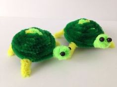How to make a pipe cleaner turtle. It is a very simple tutorial. Please notice that I made a new eyes tutorial, made with pipe cleaners alone, suitable for t...