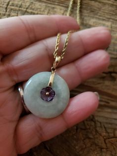 This is a gorgeous Jade disc pendant marked gold. The necklace is not marked just the pendant fob. Jade Necklace Pendant, Washer Necklace, Lotus Flower Design, Jewelry Patterns, Jewelry Ideas, Jade Jewelry, Necklace Lengths, Fashion Jewelry, Pendants