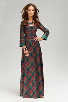 Not just for the holidays. Muslim Fashion, Modest Fashion, Fashion Dresses, Daytime Dresses, Evening Dresses, Mode Tartan, Sewing Dress, Autumn Fashion Classy, Tartan Fashion
